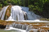 Visita alle cascate di Agua Azul durante il viaggio di nozze organizzato da Le Monde Viaggi