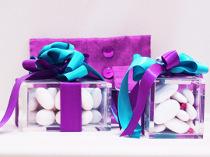 Scatolina con confetti take away preparata durante le nozze