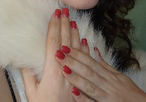 Manicure color block sui toni rosso realizzata da NAIL SPA