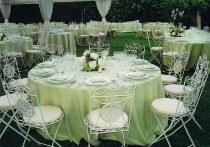 Matrimonio stile country con mise en place verde