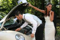 La macchina si rompe durante la luna di miele