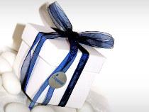 Scatolina porta confetti con nastro blu e bollino Compassion Italia Onlus