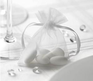 Sacchetto per i confetti in organza bianco - 10 pezzi € 3,10