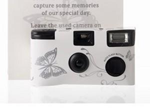 Macchinetta fotografica usa e getta tema farfalle - € 5,40