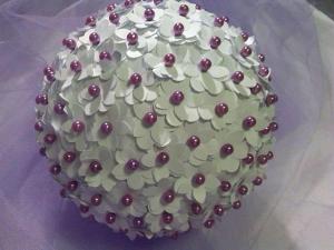 Decorazione con fiori di carta e perle per il matrimonio - Daniela Paper Wedding and... more