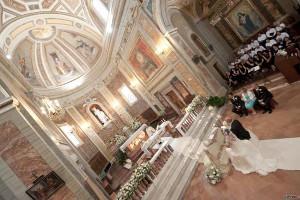 Disposizione degli invitati in chiesa - Foto di Francesco Mosca Fotografo