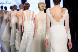 Sfilata di abiti da sposa 2016 Sì Sposaitalia Collezioni