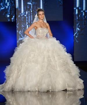 Abito da sposa principesco - Collezione 2016 Amelia Casablanca