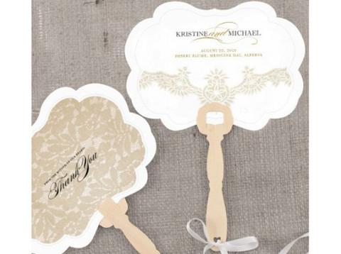 Ventaglio personalizzato con il nome degli sposi e data del matrimonio