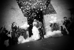 Lancio del riso e dei petali per gli sposi - Photography Shots di Cristiano Benedettelli