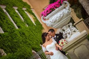 Gli addobbi floreali della location di nozze - Foto Valla di Arcangelo Valla