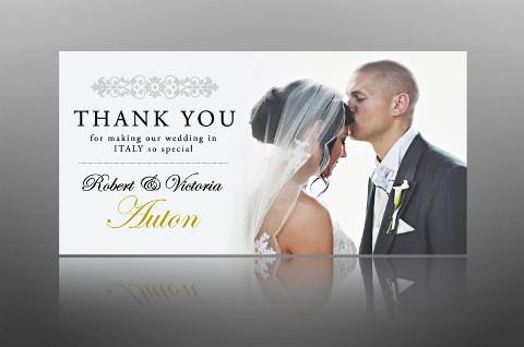 Biglietto di ringraziamento per il matrimonio con la foto degli sposi