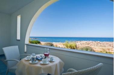 Camera con vista sul mare