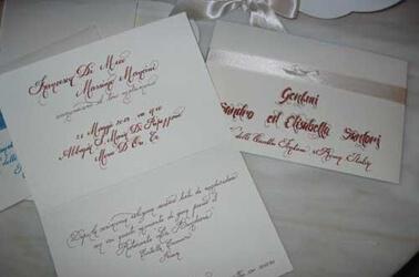 Partecipazioni di matrimonio personalizzate a mano