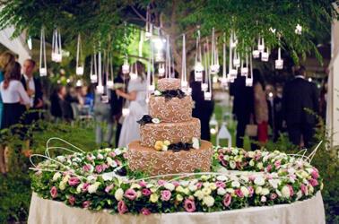 Matrimonio eco friendly 5 idee per una sposa green for Addobbi piscina per matrimonio