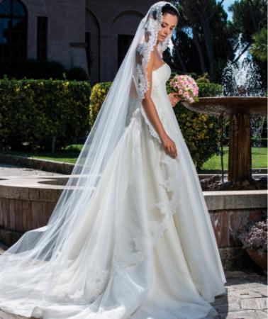 Abito da sposa realizzato su misura firmato Cinzia Ferri