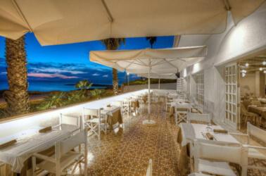 Terrazza con affaccio sulla baia di Gallipoli di Grand Hotel Riviera