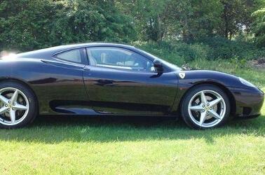 Ferrari nera per matrimonio
