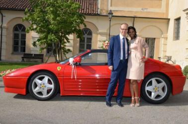 Affitto Ferrari per matrimonio