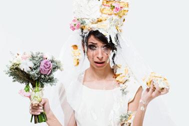 Sposa stressata in preda al panico