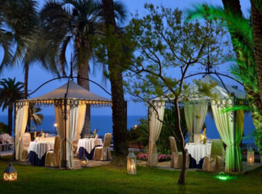 Ricevimento di nozze l'aperto al Royal Hotel Sanremo