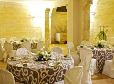 Allestimenti interni per un matrimonio di sera