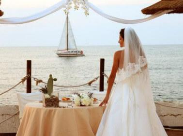Allestimenti di un matrimonio sul mare