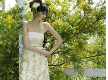 abito da sposa etnico fiorii
