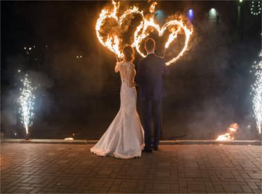 Artisti di strada ai matrimoni