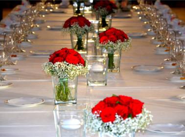 allestimento tavolo rose