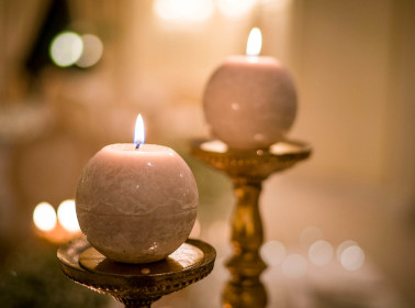 matrimonio bianco oro candele