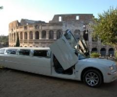 Matrimonio da diva in limousine