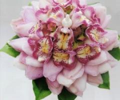 4 idee per abbinare il bouquet al vestito da sposa