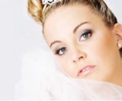 Lezioni di trucco: stile sofisticato per il look della sposa