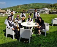 Metamorphosis Wedding Band - Un momento di relax