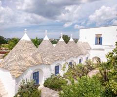 Villa Cenci - I caratteristici trulli