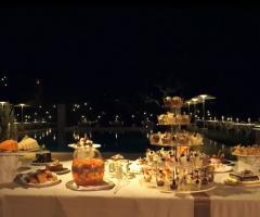Tenuta Monacelle - Buffet  a bordo piscina