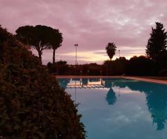 Antica Masseria Martuccio - La piscina al tramonto