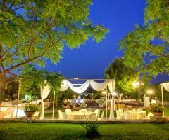 Masseria San Lorenzo - Allestimento dell'aia la sera