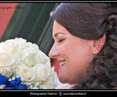 Fabrizio Foto - la sposa con il bouquet