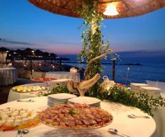 Lido Salsello Ricevimenti - Buffet riva mare