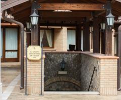 Grand Hotel Vigna Nocelli Ricevimenti - L'ingresso ai servizi interni