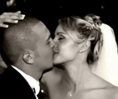 Foto bacio sposi