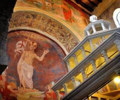 Abbazia di Sant'Andrea in Flumine - Affreschi della chiesa interna alla location