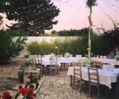 Masseria Eccellenza - I tavoli all'aperto