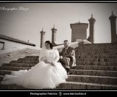 Fabrizio Foto - Sposi sugli scalini