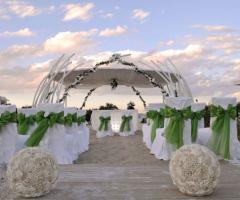 Matrimonio Spiaggia Brindisi : Cerimonia di matrimonio sulla spiaggia losciale il trappeto