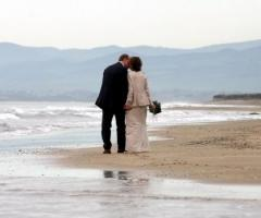 Servizio fotografico del matrimonio: foto in spiaggia
