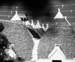 Masseria Luco - Dettagli artistici in bianco e nero
