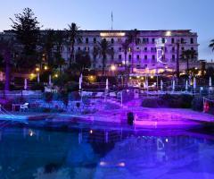 Royal Hotel Sanremo - Esterno di sera